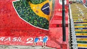 Mosaico scalinata Selaron