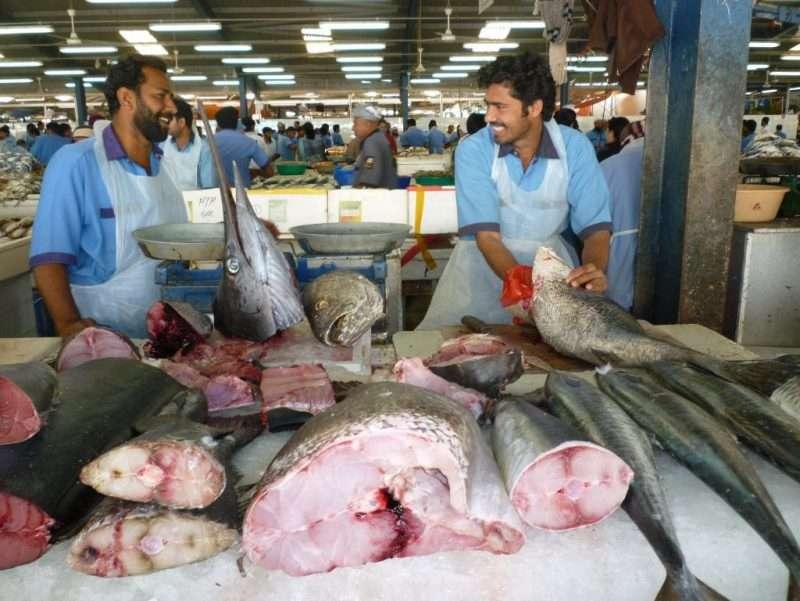 Deira lavoratori al mercato del pesce