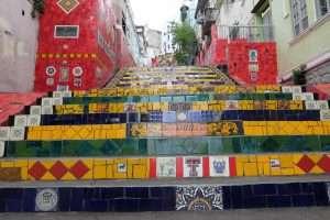 Mosaici scalinata Selaron