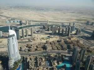 Burj Khalifa vista sul deserto