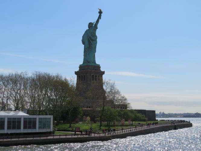 Liberty Island dal traghetto