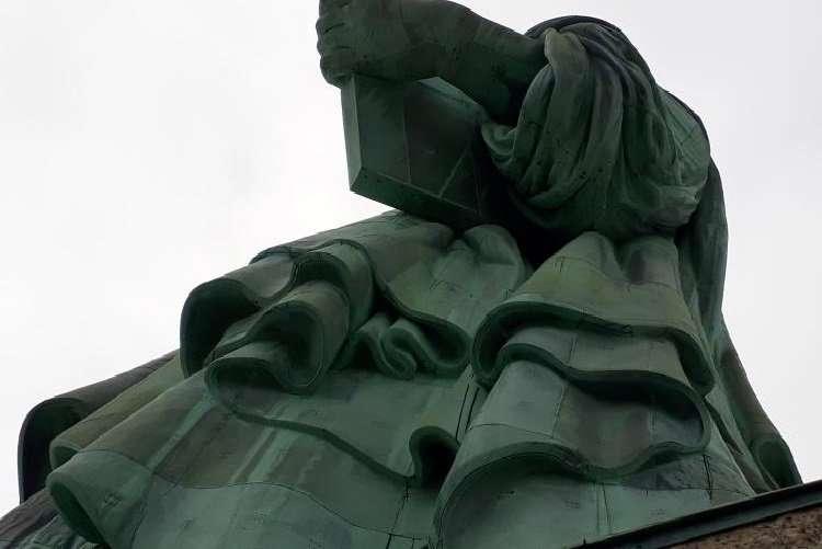 Statua della libertà dettagli