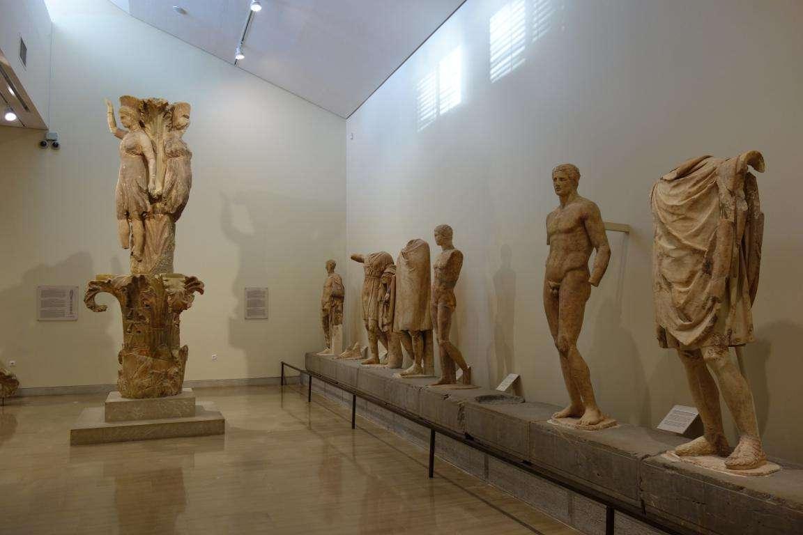 Delfi museo archeologico