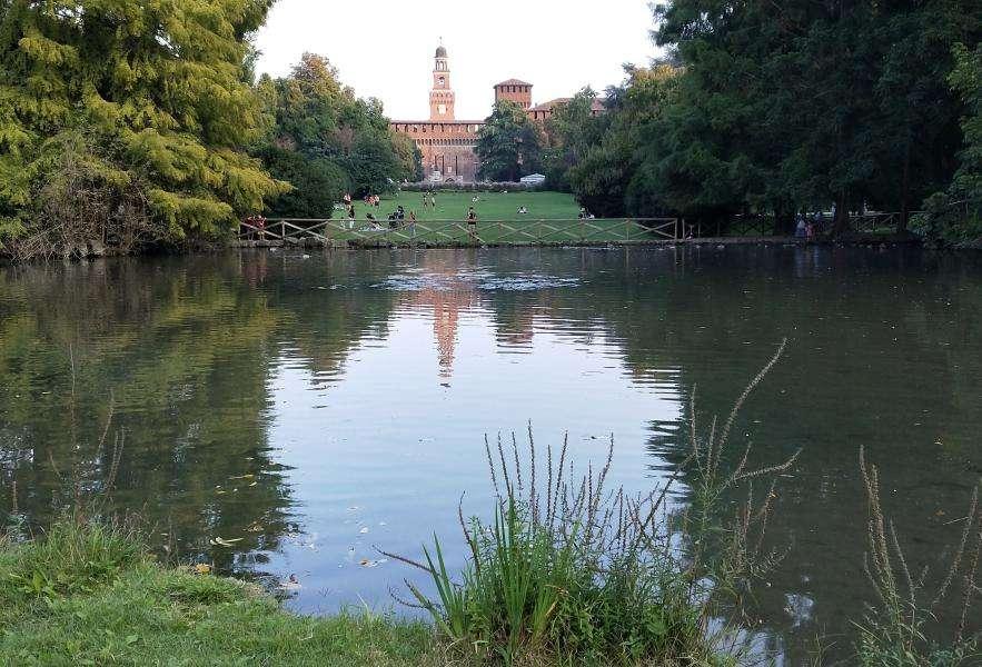 Castello sforzesco dal Parco Sempione