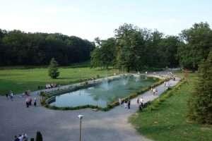 Castello di Moszna fontana del parco
