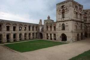 Krzyztopor rovine del castello Polonia