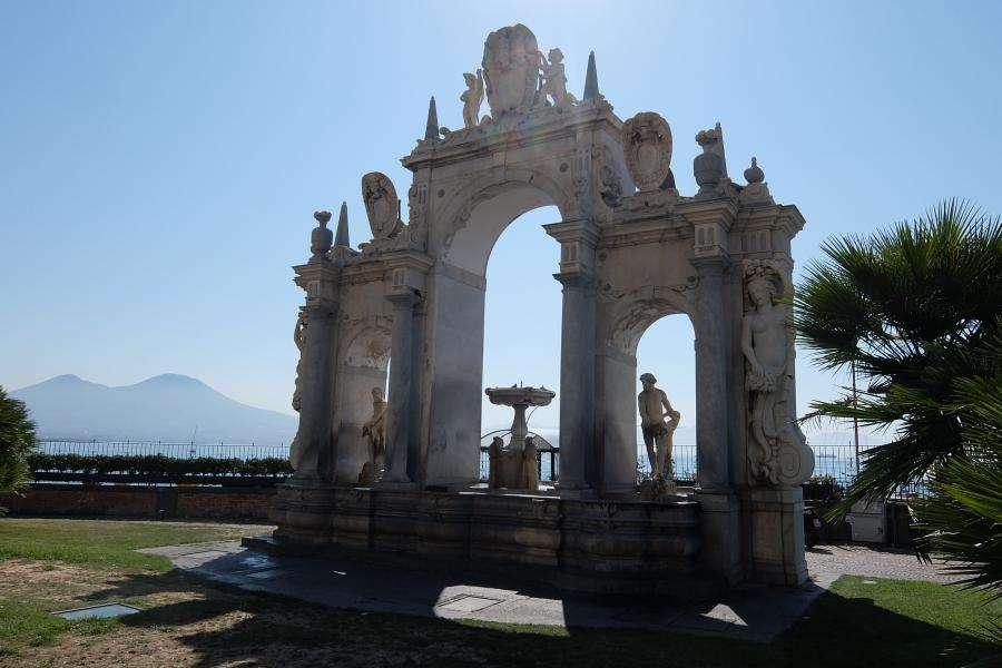 Fontana dell'Immacolatella a Napoli