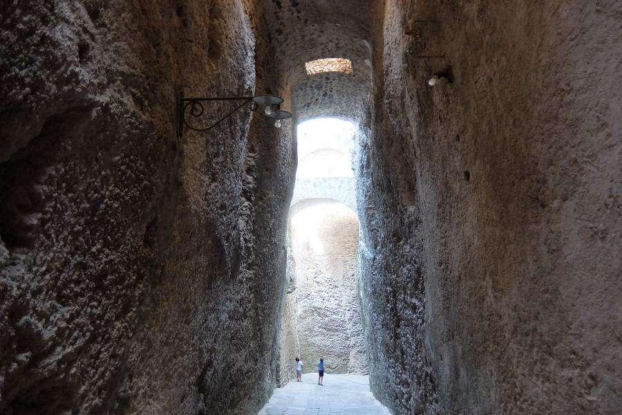 Galleria aragonese del castello di Ischia
