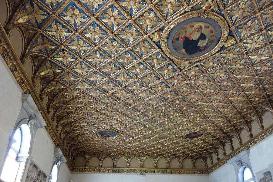 Gallerie dell'Accademia Venezia soffitto dorato