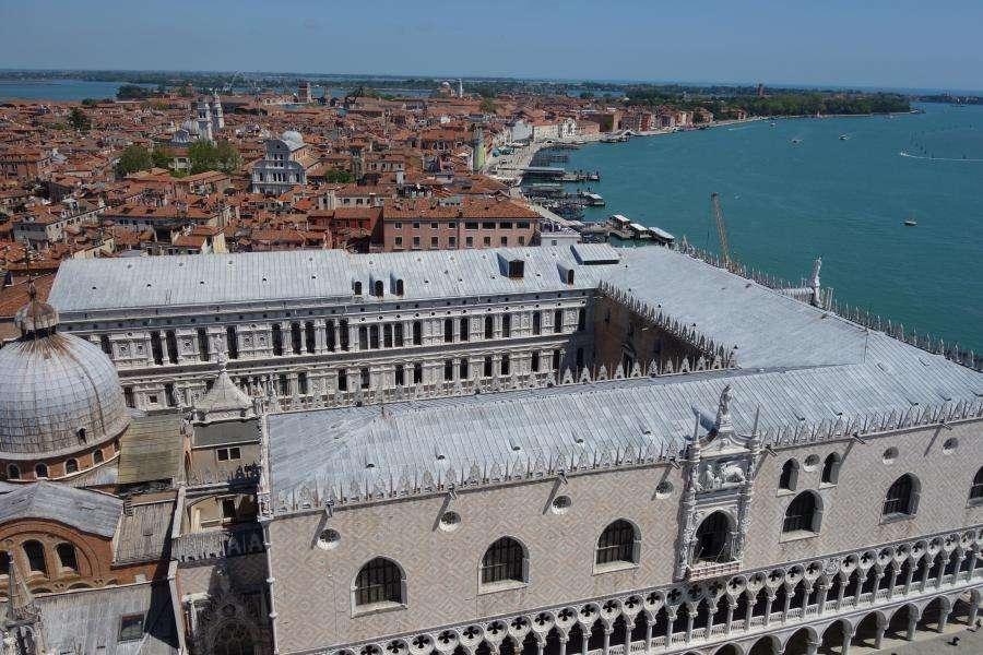Vista al Campanile su Palazzo Ducale di Venezia