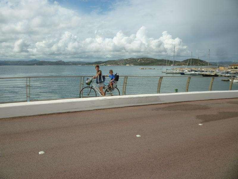 Caprera ponte della Moneta in bicicletta