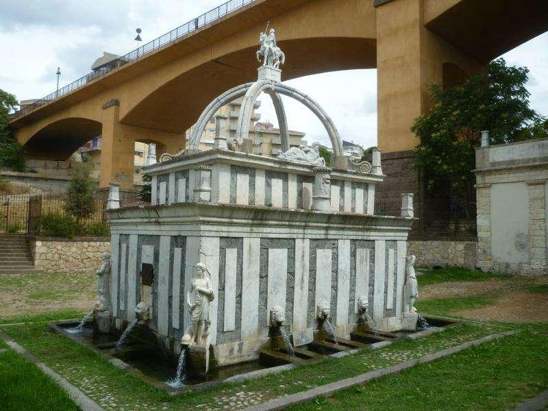 Sassari fontana di Rosello cosa vedere in Sardegna